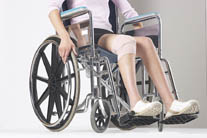 Osteoarthritic Women Put Off Knee Surgery